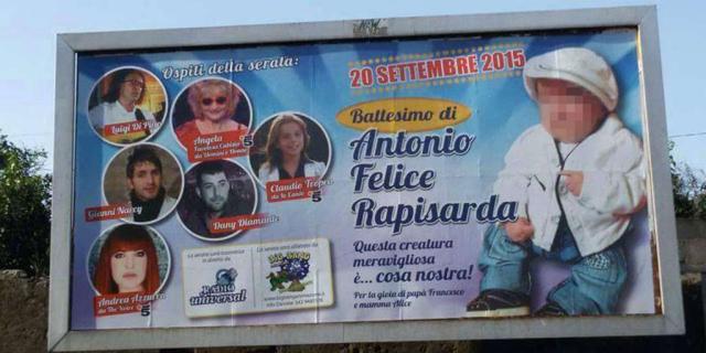 Manifesto shock per un battesimo a Catania, questore ordina la rimozione