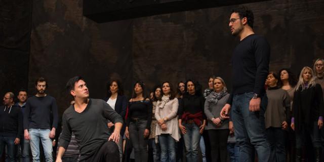 Teatro Massimo: durante la prova generale di Attila oscilla una quinta, contuse due coriste