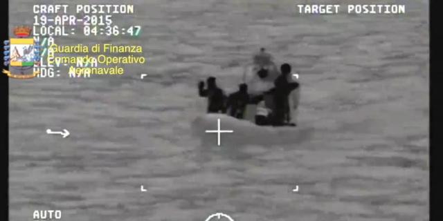 Più di 700 morti nel Canale di Sicilia, lutto cittadino a Palermo
