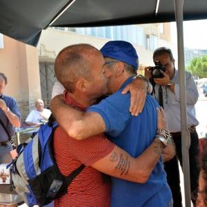 Abbraccio Ciancimino - Borsellino in via D'Amelio e polemiche