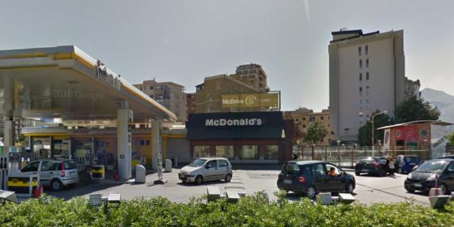 McDonalds' via Leonardo da Vinci