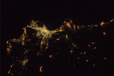 Palermo di notte dallo Spazio