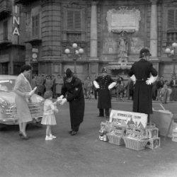 """Un delle fotografie d'epoca dell'esposizione """"Per la sicurezza della città"""""""