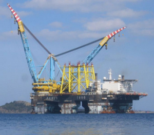 Al porto di Palermo la nave-gigante Saipem 7000