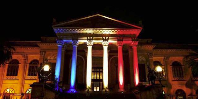 Oggi lutto cittadino a Palermo per gli attentati di Parigi