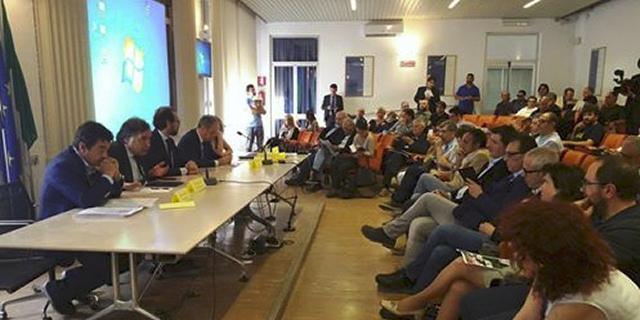 Pochi partecipanti per l'assemblea cittadina sulle Ztl e l'inquinamento all'Università