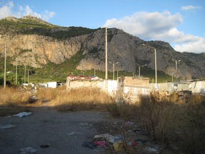 Il campo nomadi della Palermo cool (!)