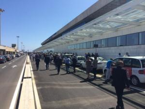 Inaugurato il curb arrivi all'aeroporto