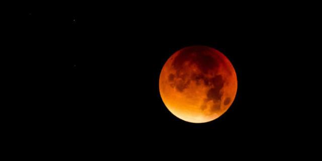 La più lunga eclissi di Luna del XXI secolo visibile anche da Palermo