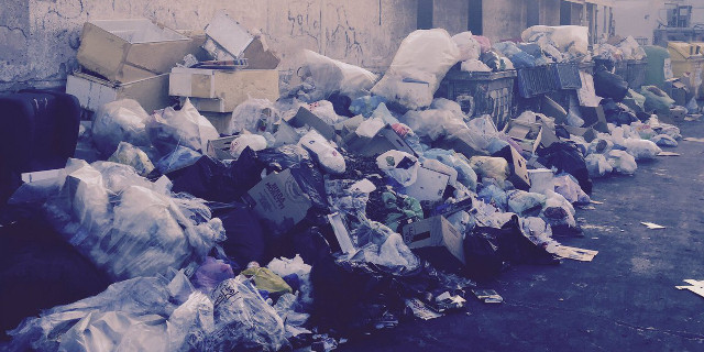 L'emergenza rifiuti non finisce, oggi riunione con la Rap