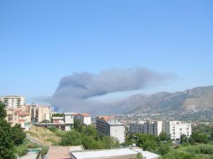 Incendio a Falsomiele da Monreale