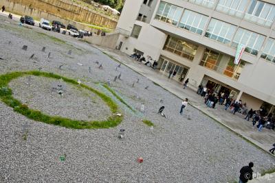 La protesta studentesca ad Architettura, allestito finto cimitero