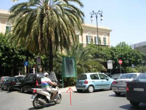 Il monumentino a piazza Croci