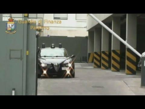 Operazione Acqua in bocca, a Palermo scoperta truffa all'AMAP  Due funzionari in manette