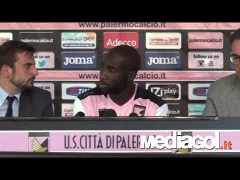 Sol Bamba presentazione ufficiale al Palermo HD - 27/08/2014 - Mediagol.it