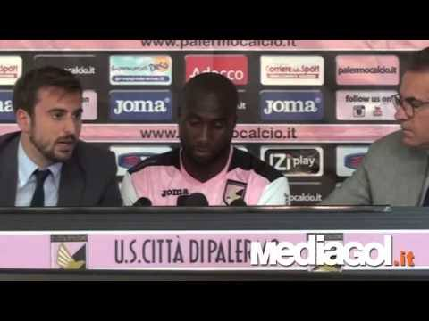 Presentazione Sol Bamba al Palermo - 27/08/2014 - Mediagol.it