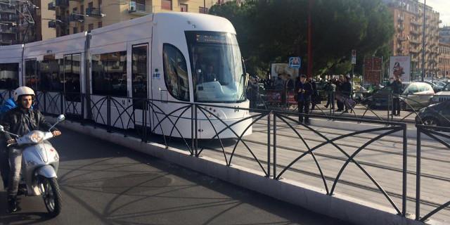 Effettuata la prima corsa del tram di Palermo