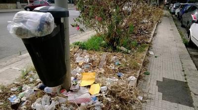 """Degrado nella zona di via Galilei e l'""""archivio"""" di via Palatucci"""