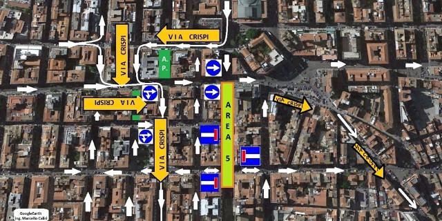 Chiude un tratto di via Roma per i lavori del collettore fognario