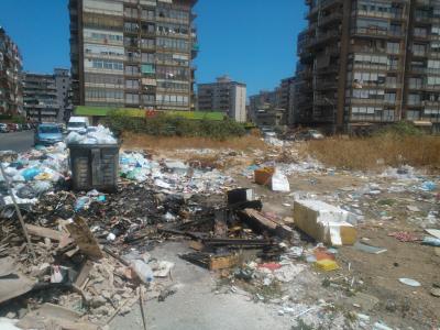 """A Villagrazia terreno preda dei rifiuti: """"Rap e istituzioni intervengano"""""""