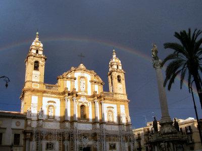 Arcobaleno a piazza San Domenico